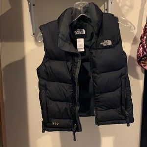 North face boys small puffer vest